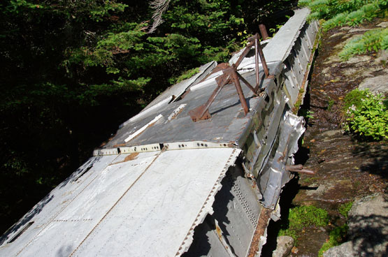 camels hump alpine trail plane crash site
